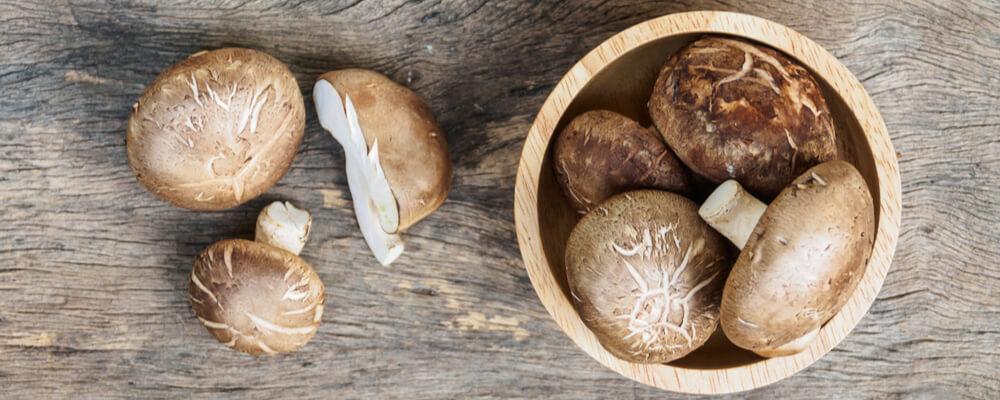 funghi shiitake freschi acquista online fruttaweb