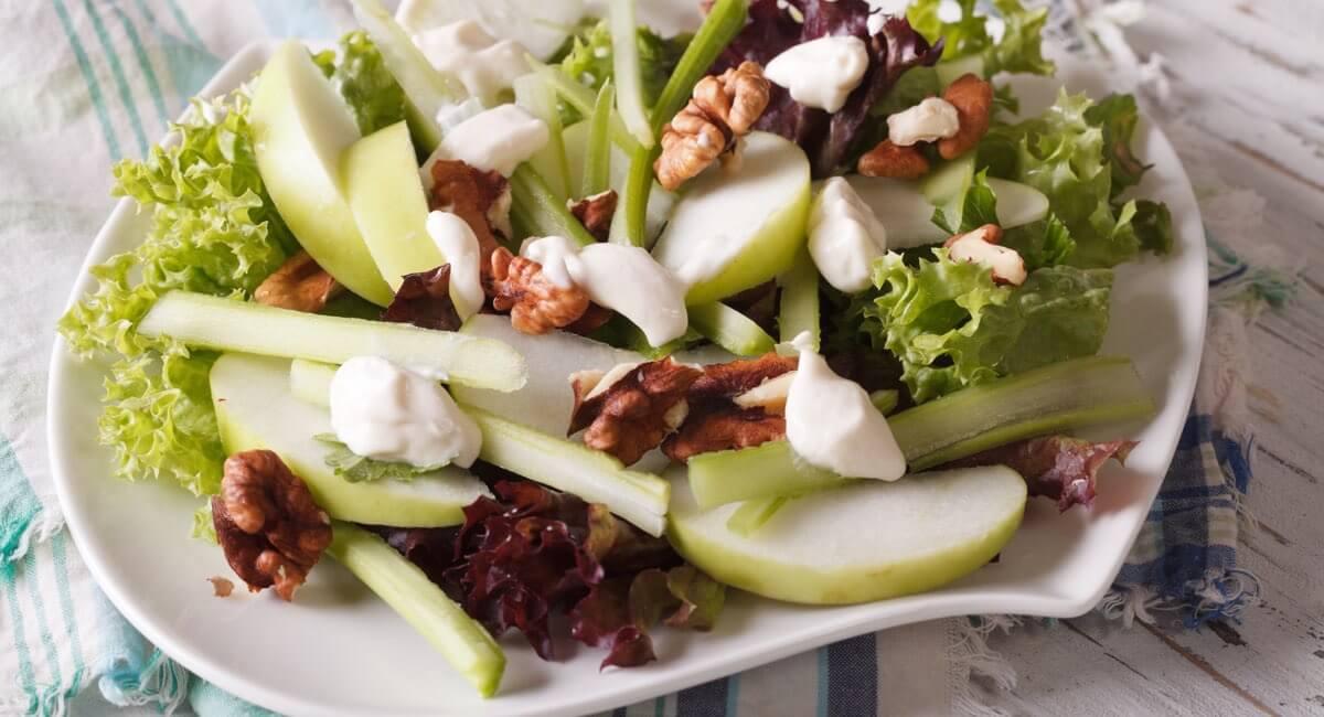 Insalate sfiziose 10 ricette dietetiche blog di fruttaweb for Ricette insalate