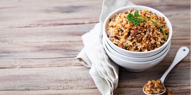 quinoa verdure e funghi