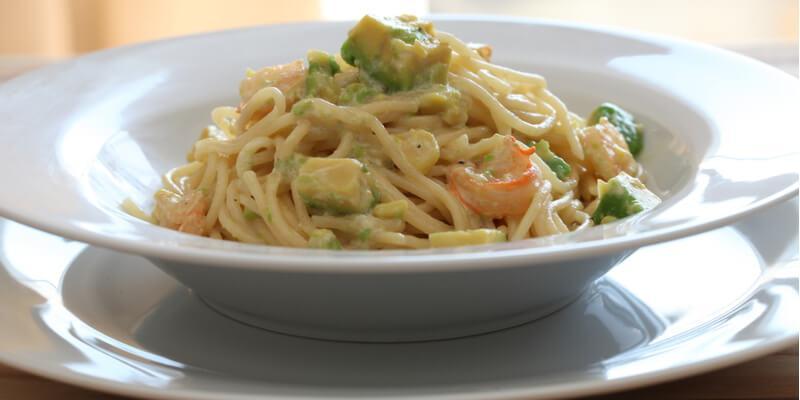 spaghetti avocado crema
