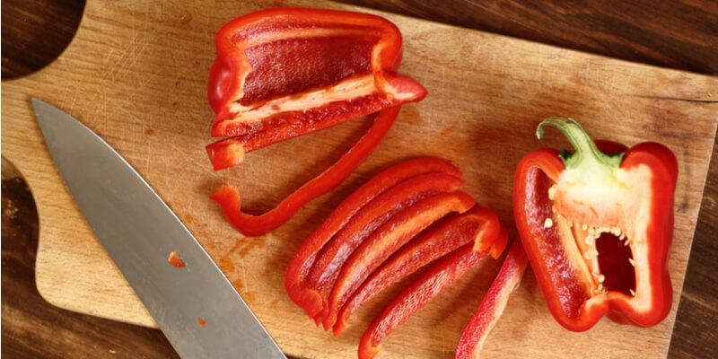 peperone rosso fresco tagliato