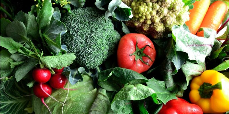 verdura fresca primaverile