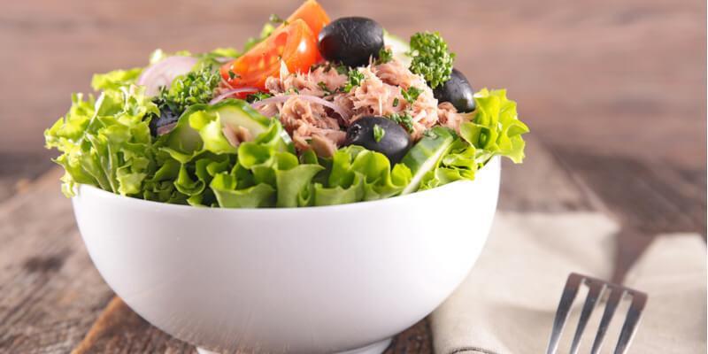 dimagrire con dieta dell'insalata