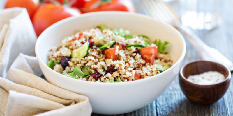 insalata di quinoa e tonno