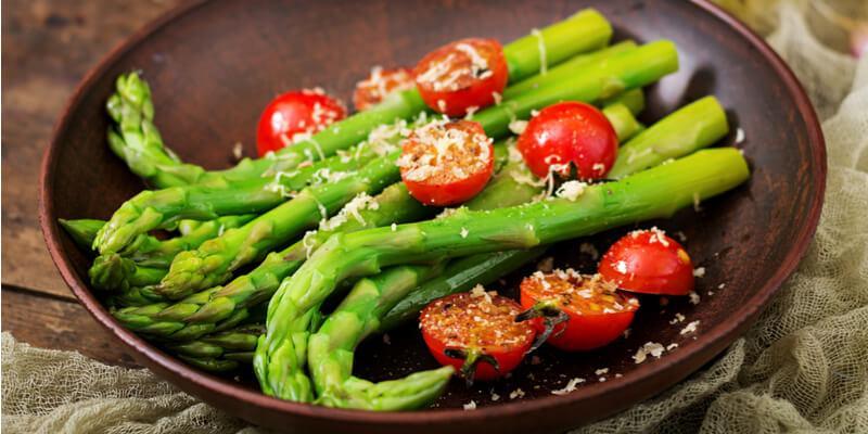 ricetta estiva contorno con asparagi