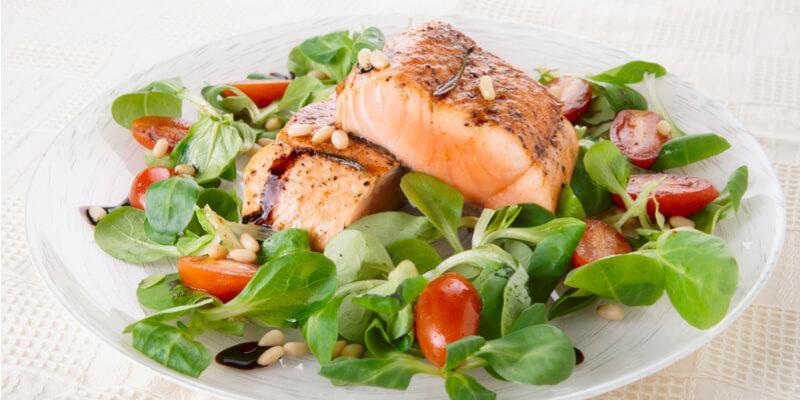 insalata di salmone veloce in due minuti