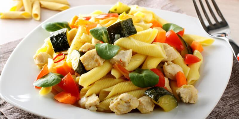 ricetta pasta con zucchine e tonno