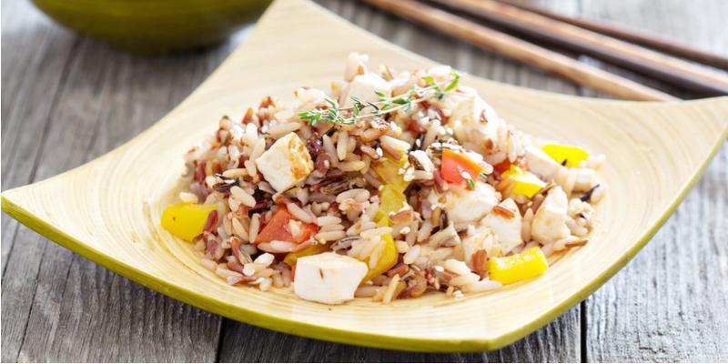 ricetta insalata di riso con tofu e melanzane
