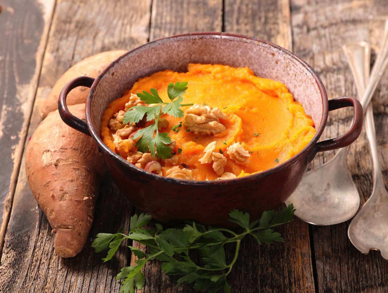 Ricette con patate dolci rosse a pasta arancione