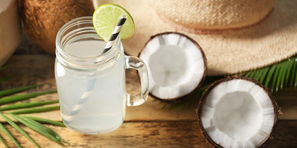 Cocco fresco da bere drink