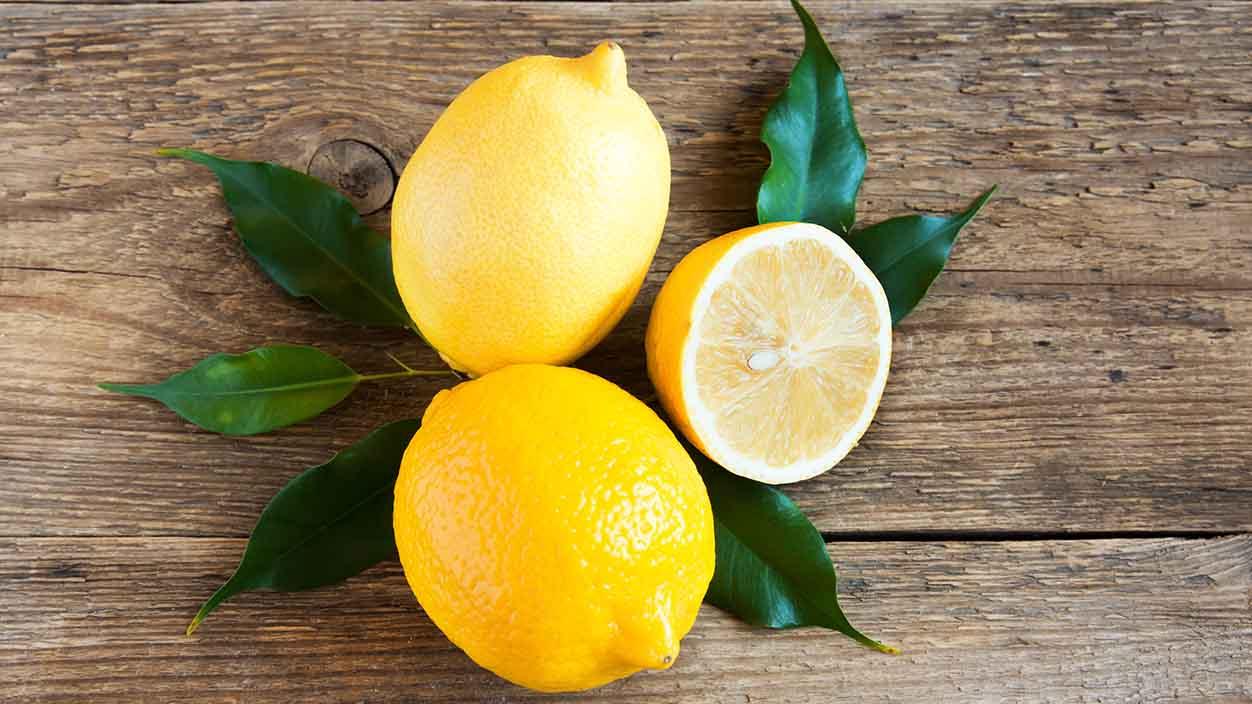 Ordina ora i limoni naturali italiani su fruttaweb!